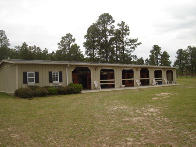 BARNS FOR LEASE